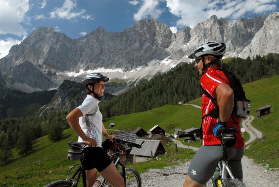 Mountainbike Urlaub Berge Ramsau Dachstein