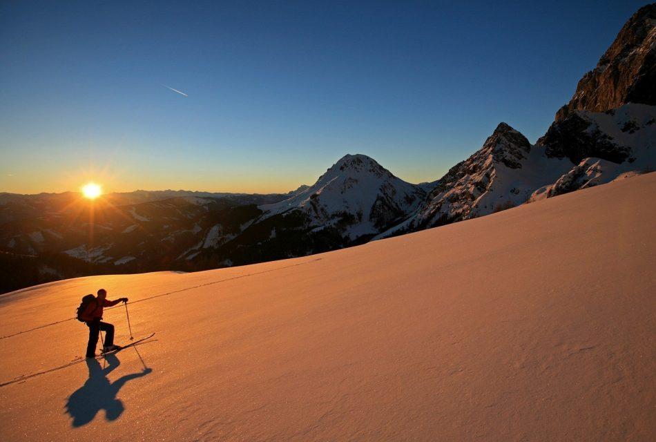 Skitour sanfter Tourismus Berge Winter Ramsau am Dachstein