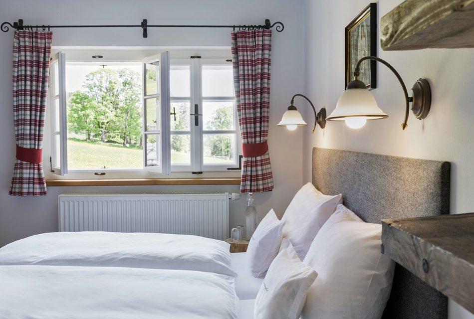 Ramsbergerhof Schlafzimmer mit Ausblick
